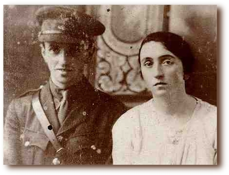 MacGreevy in uniform with his sister Nora Phelan